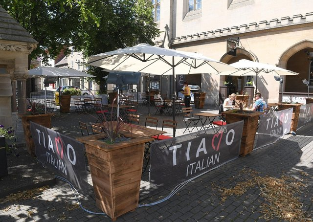Tiamo open for alfresco dining in Sleaford Market Place. EMN-200713-134859001