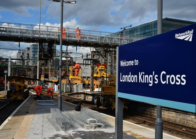 Engineering work at Kings Cross to make services more reliable. Photo: Simon Miles EMN-200309-130104001