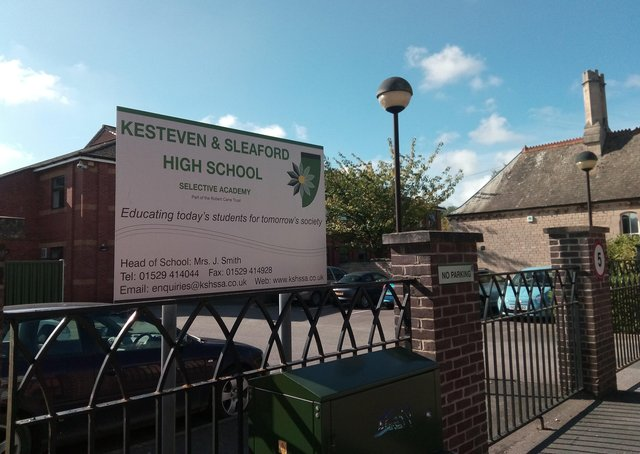 Year 8 pupils at Kesteven and sleaford High School have been advised to stay at home for a week after a pupil tested positive for Covid-19. EMN-200918-163607001