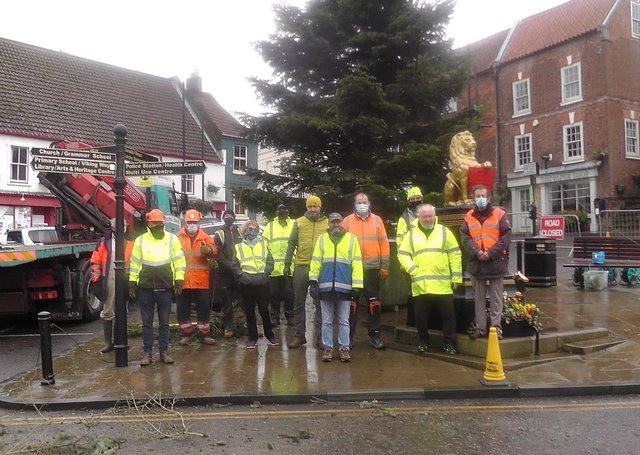 Caistor Christmas tree (photo courtesy of Mike Galligan) EMN-201117-091751001