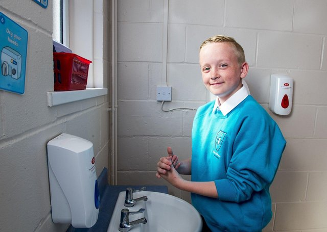 Olly Tedford (Year 6) washing his hand at Theddlethorpe Academy. (Picture: Sean Spencer/Hull News & Pictures Ltd.)