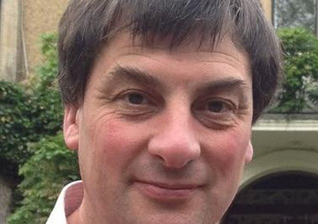 Stepped down from NKDC as a councillor for Bassingham and Brant Broughton Ward, Chris Spray. EMN-200912-120958001