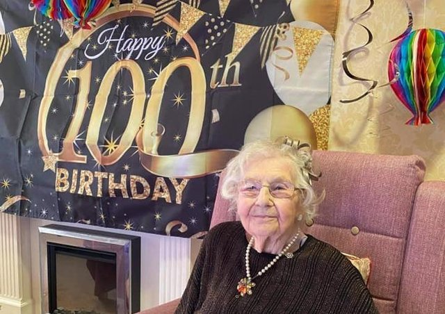 Sheila Knott celebrating her centenary. EMN-210901-191435001