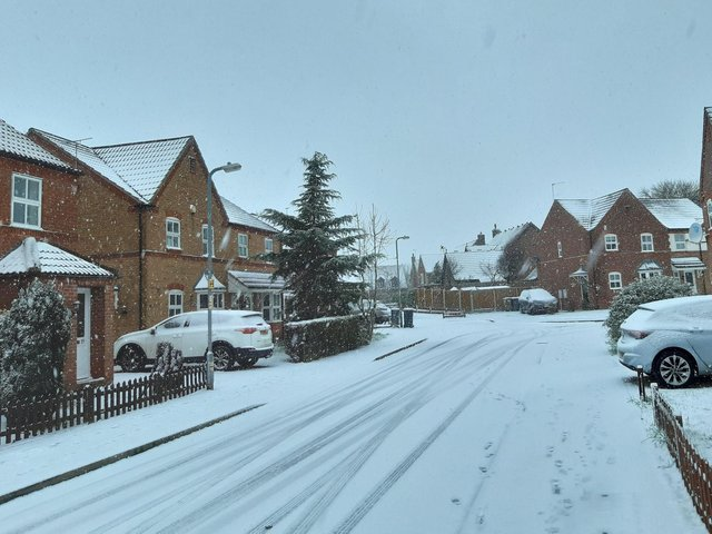 More snow falling in Sleaford this morning.