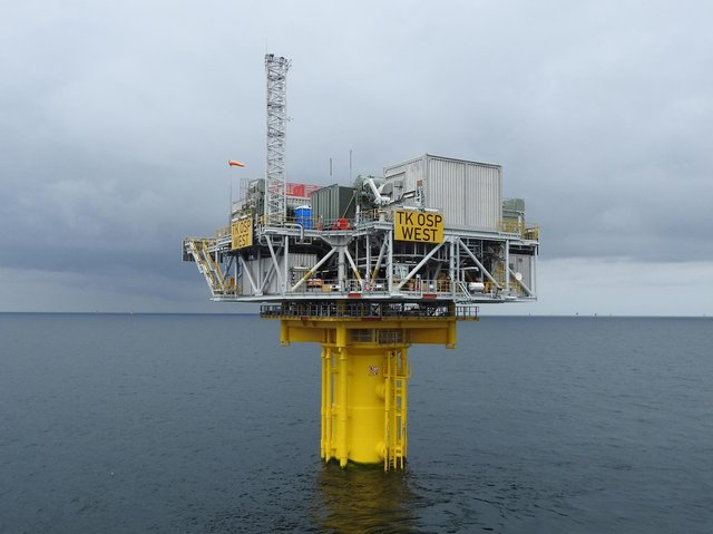 The Triton Knoll transmission system, including the offshore substation platforms, is successfully energised.