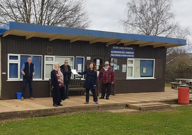 Presenting details of the proposed lease at the clubhouse on Friday, from left - Councillors Dr Peter Moseley, Corinne Ramm and Roy Greenwood with Jan Antink and Clive Burt - directors of Aliro Ltd, operators of the Old Ship Inn. EMN-210803-130656001