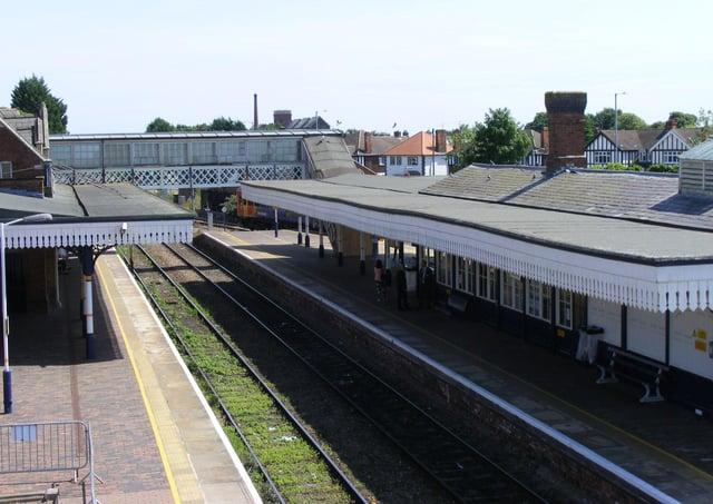 Sleaford railway station. EMN-210315-124614001