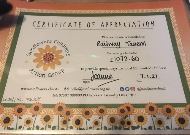The Railway Tavern in Aby raised and donate more than £1,000 to charity.