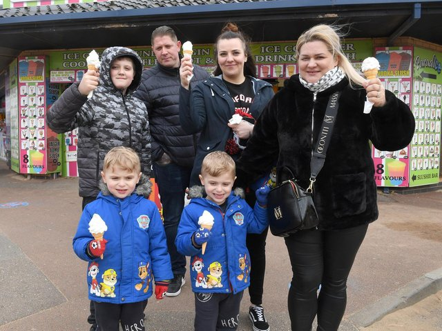 Visitors from Nottingham enjoying ice creams are Jake Slater 10, Daniel Slater, Paulinna Basanowicz and Agnisza Slater, with three-year-old twins Dominic and Dylan Slater.
