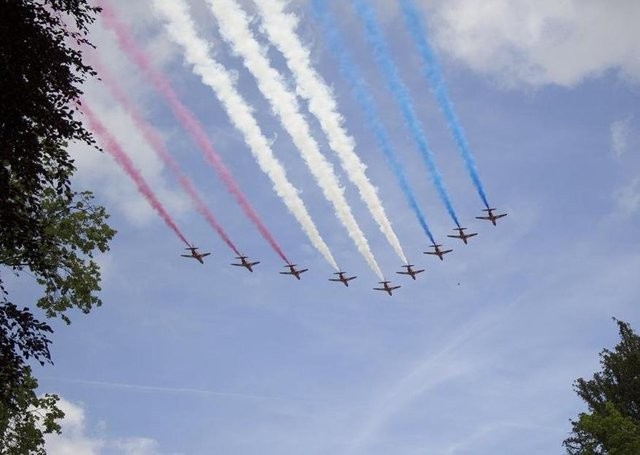 The Red Arrows are set to stay in their home county of Lincolnshire and move to RAF Waddington after the closure of their current base RAF Scampton. EMN-200518-121259001