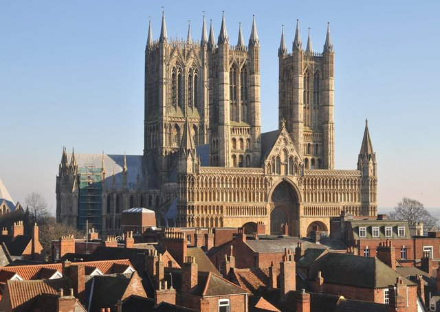 The most common place people left the area for was Lincoln, with 1,491 departures in the year to June 2019. EMN-200910-124702001