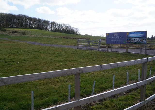 The site of the third phase planned for  Poplar Farm Country Park EMN-210421-162514001