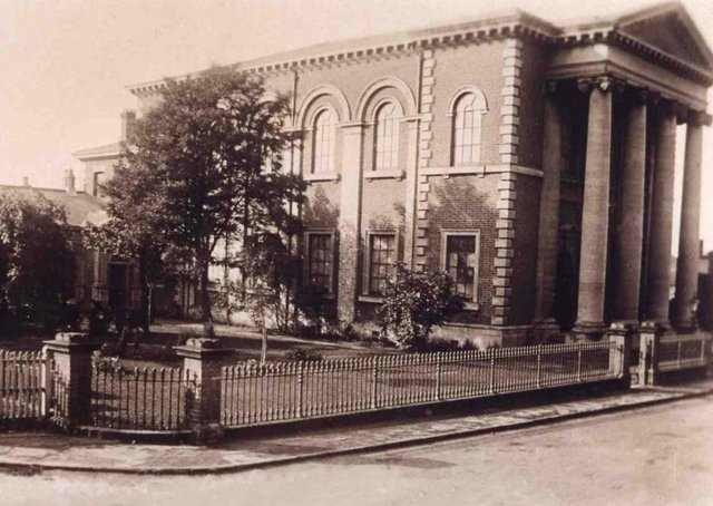 Market Rasen Methodist Church. Picture from the early 1900s