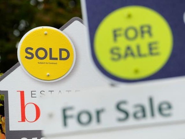 House prices dropped by 1.2 percent in North Lincolnshire in March, new figures show.