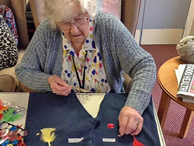 Neale Court Care Home supports Denim for Dementia.