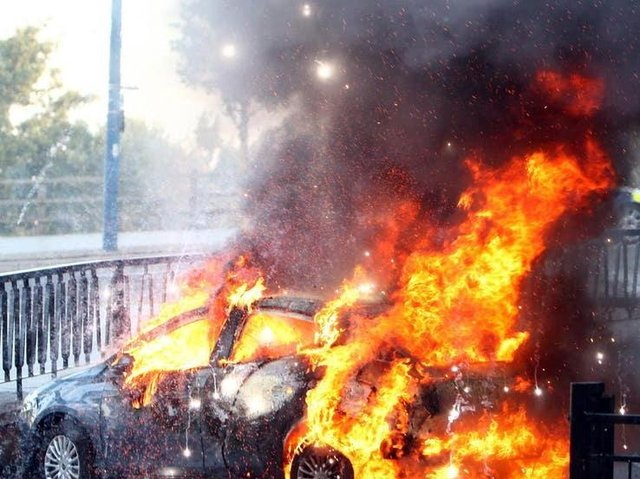 More than 100 vehicles were torched deliberately across Lincolnshire in a year, fire service figures show.