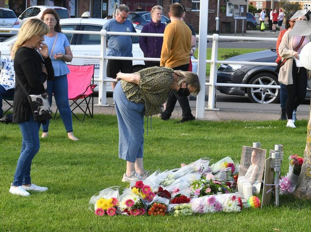 The community came together to remember Bethany and Darren. Photo: David Dawson.