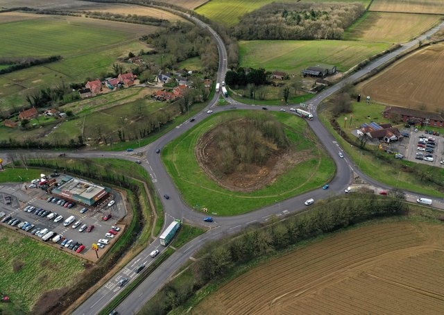 Lane closures planned for Holdingham Roundabout. EMN-210616-172020001
