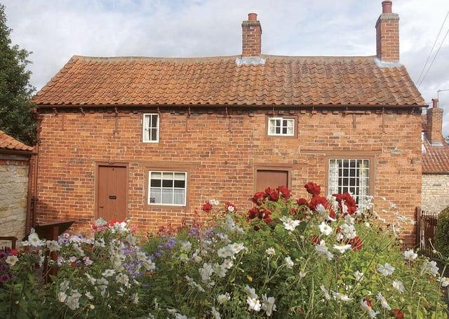 Mrs Smith's Cottage, Navenby. EMN-210619-140219001