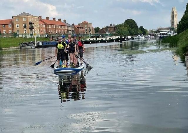 The Slea Paddlers team arriving in Boston. EMN-210507-185515001