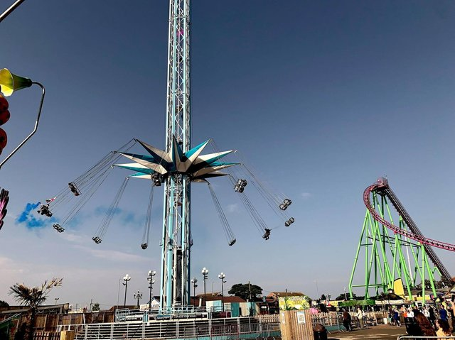 'It's a boy!' - blue smoke from the Starflyer at Fantasy Island in ingoldmells.