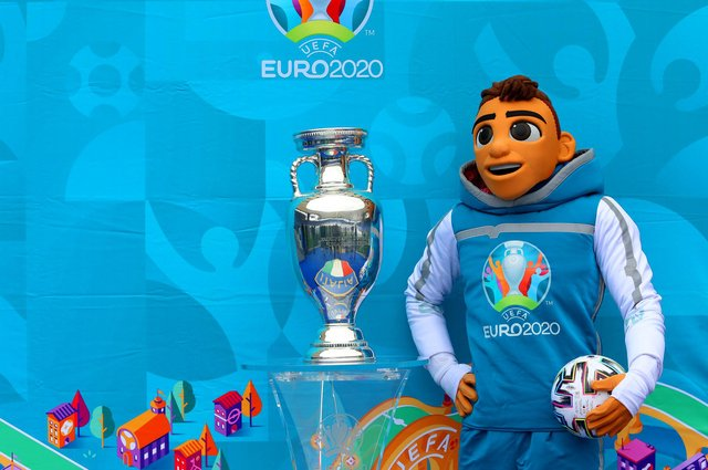 Will England lift the UEFA Euro 2020 Trophy, pictured with The Mascotte Skillzy (Photo by Paolo Bruno/Getty Images)