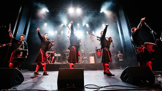 The Red Hot Chilli Pipers make their point in a concert (Photo credit: Benno Hunziker)